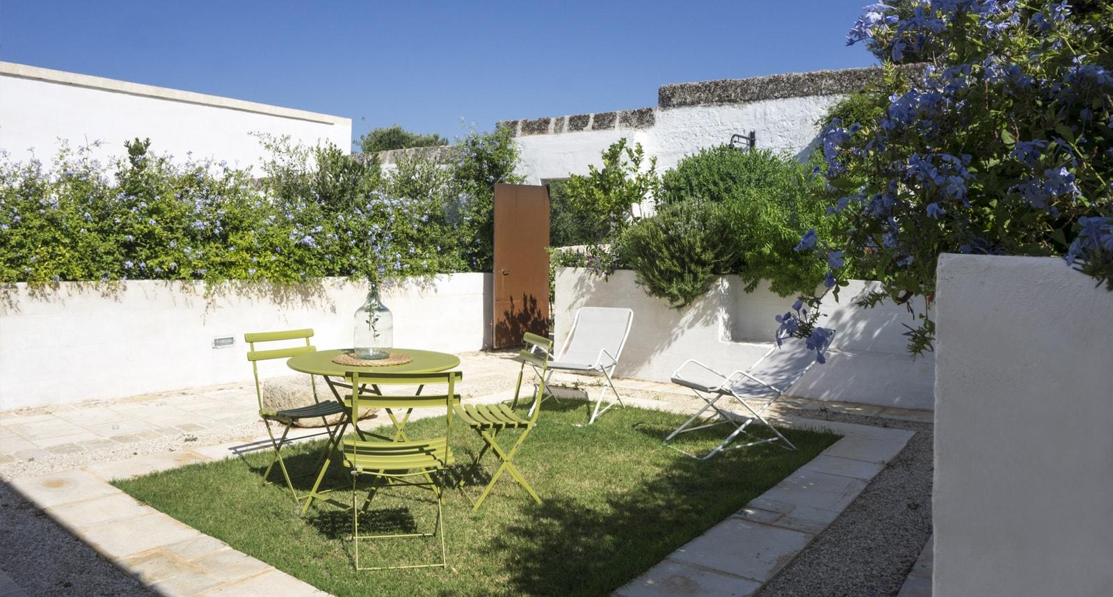 masseria-capece-gardens